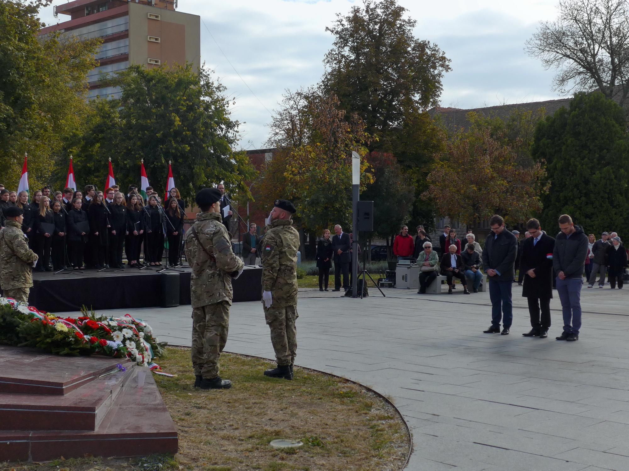 Pécs is méltóképp emlékezett az 1956-os forradalom és szabadságharc hőseire
