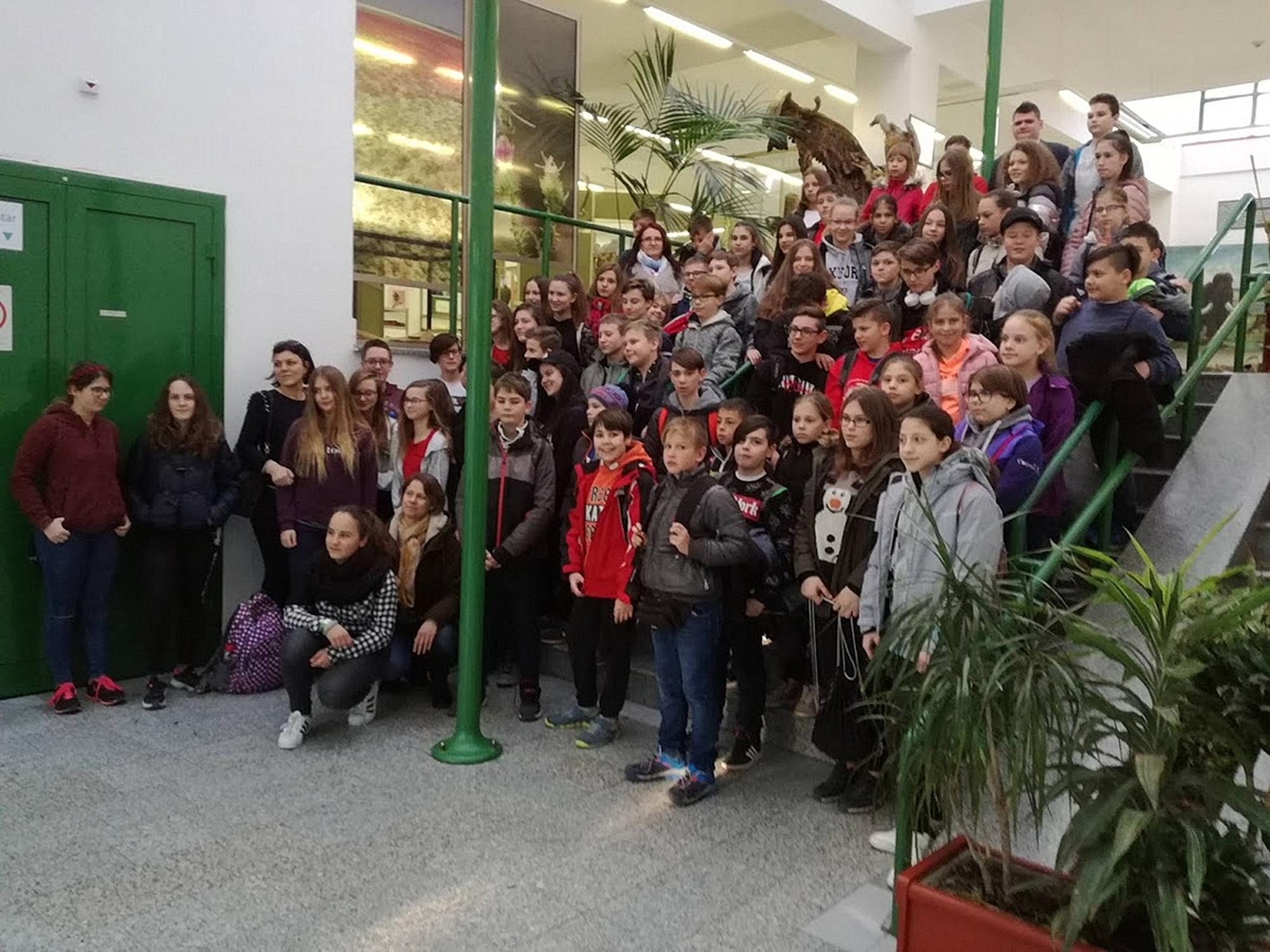 Pécsi ANK-s diákok Temerinben